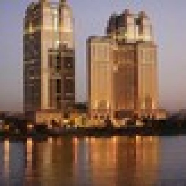فندق فيرمونت نايل سيتى Fairmont Nile City Hotel